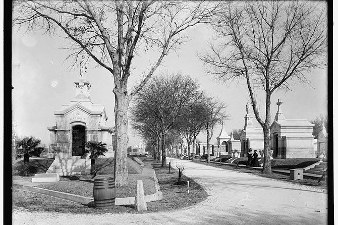 Metairie Cemetery Stories Walking Audio Tour by VoiceMap