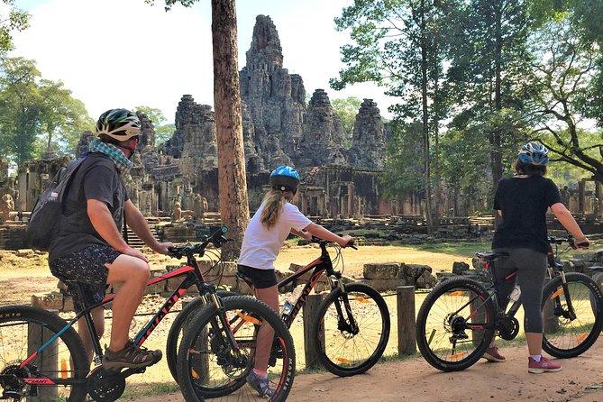 Siem Reap Angkor Sunrise Sunset VIP private bike tour