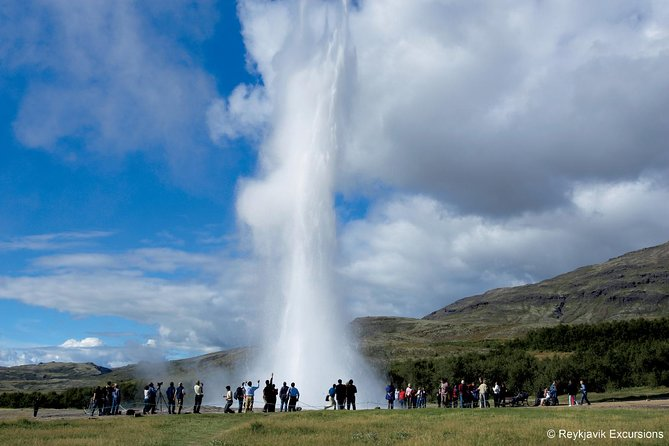 The Golden Circle Direct 6 hour tour from Reykjavik
