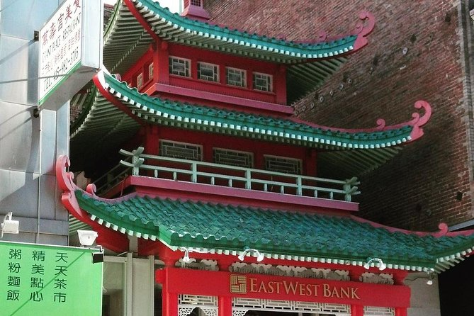 classic Chinatown architectural features