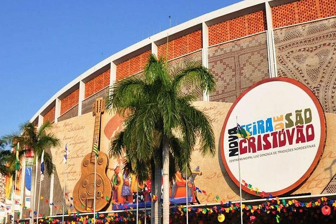 Private Tour: Gastronomy and Music Experience at Sao Cristovao Fair