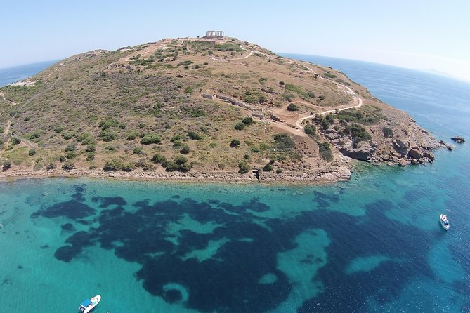 Private tour to Cape Sounio with exquisite meal at Vouliagmeni