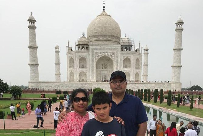 Agra Taj Mahal Sunrise Tour from Delhi photo 3