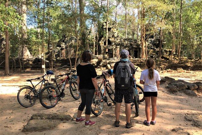Siem Reap Angkor Sunrise private 3 Days by Bike