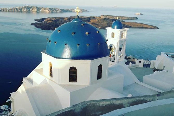 Private sightseeing tour in Santorini