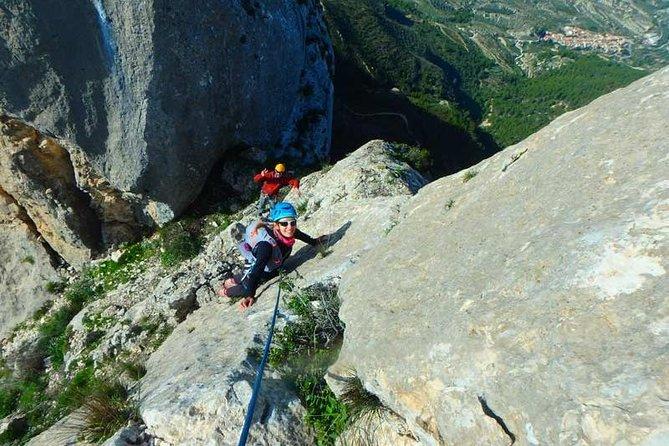 Climb Long Routes Multi Pitch