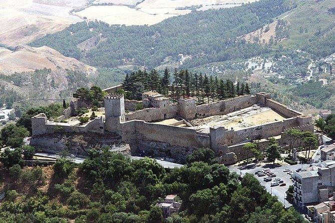 Enna - Morgantina - Caltagirone Tour