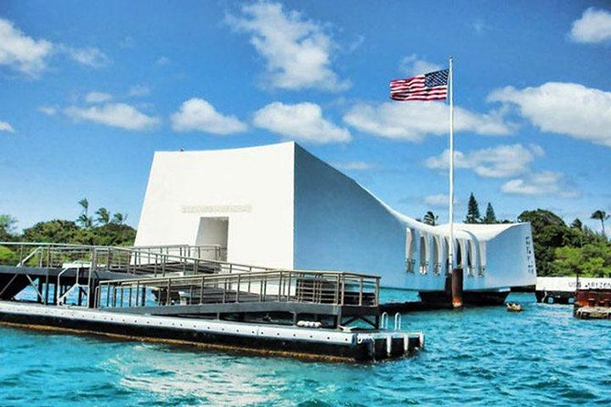 USS Arizona Memorial & City Tour