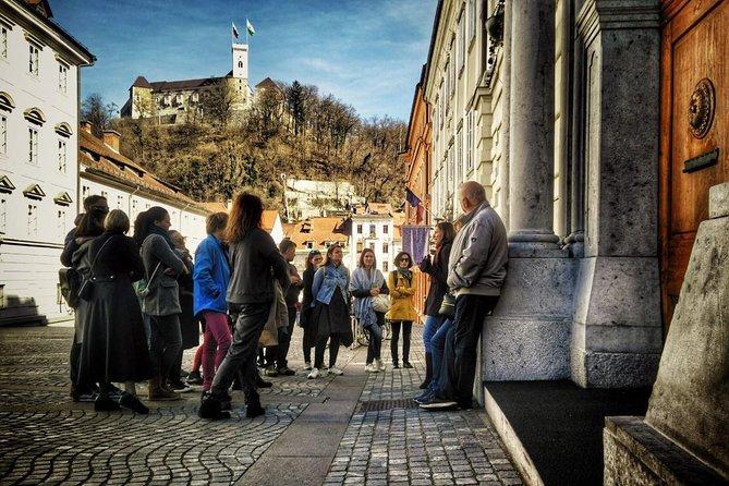 Early Morning Classic Ljubljana Walking Tour with an Urban Twist (small group)