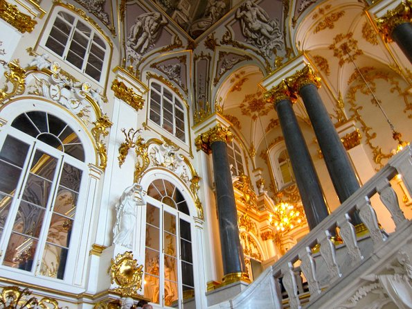 Pearls of Saint-Petersburg 3 day tour by car