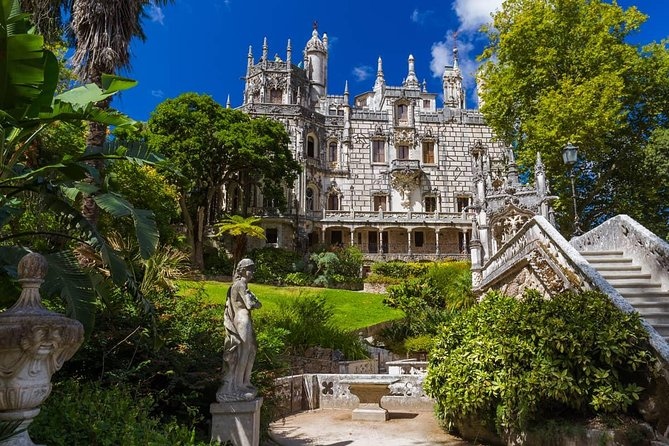 Amazing All Palaces Sight Seeing Tour (2pax or more)