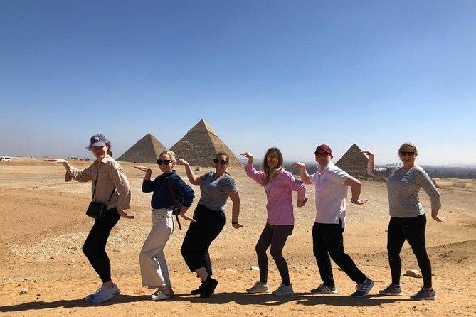 Recorrido turístico de 3 días para familias por las pirámides de Guiza, El Cairo, Alejandría, Saqqara y Dahshur desde El Cairo