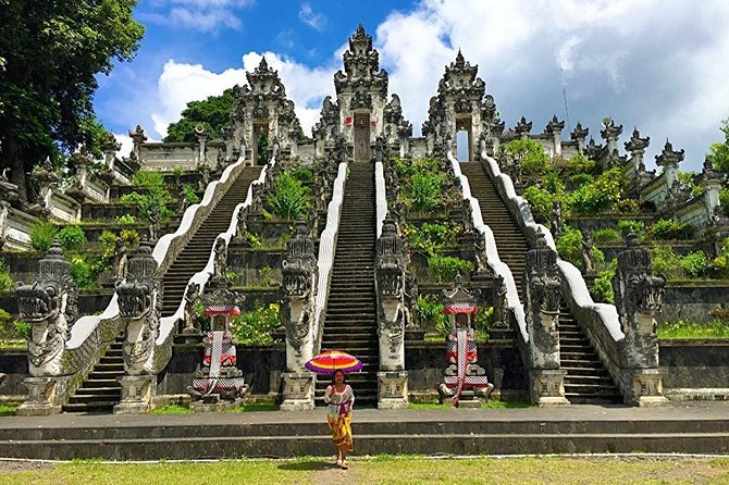 East Bali Tour: Lempuyang Temple - Gate of Heaven, Tirta Gangga, Virgin Beach