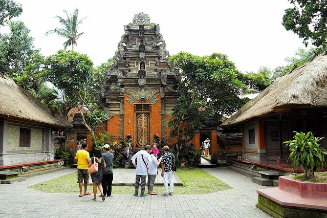 Ubud City Tour I: Monkey Forest, Ubud Palace, Art Market, and Waterfall photo 3
