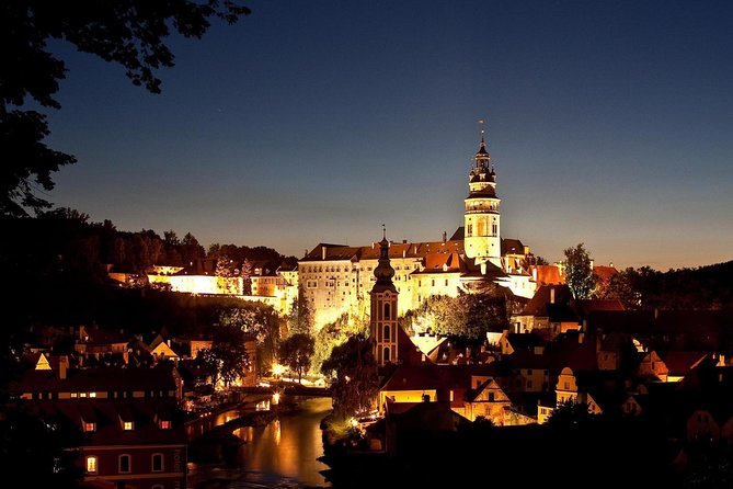 Daily Door-to-Door Shared Shuttle Service from Salzburg to Cesky Krumlov