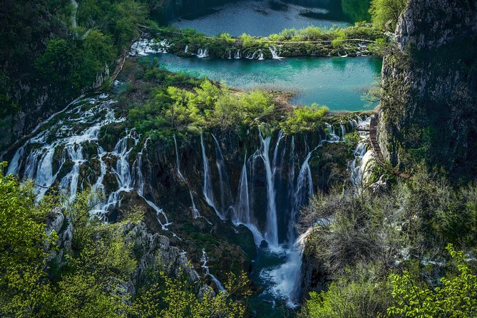 Plitvice Lakes 5h tour with panoramic boat ride