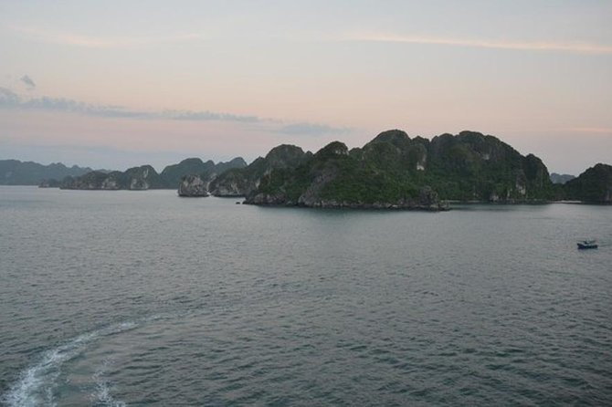 Halong Bay Full Day Tour From Hanoi Including Lunch photo 1