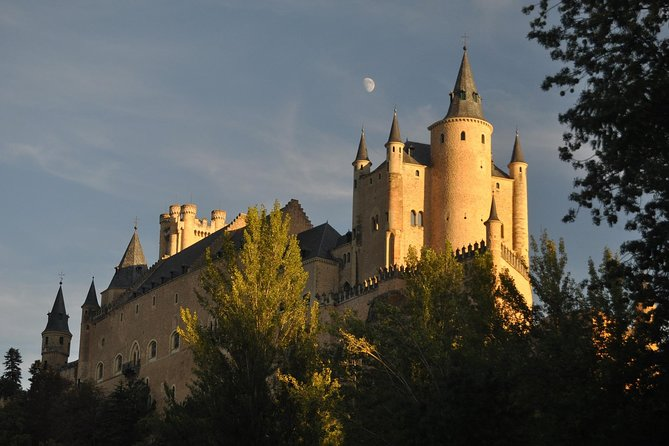 PRIVATE TOUR: Half Day Segovia from Madrid photo 3