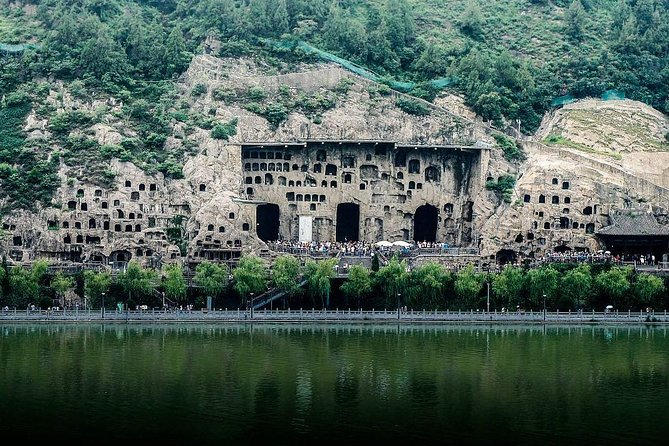 Private Luoyang Longmen Grottoes & Shaolin Temple Day Tour from Luoyang photo 1