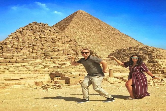 Private Full-Day Tour to Giza, Old Cairo and Khan El Khalili Bazaar