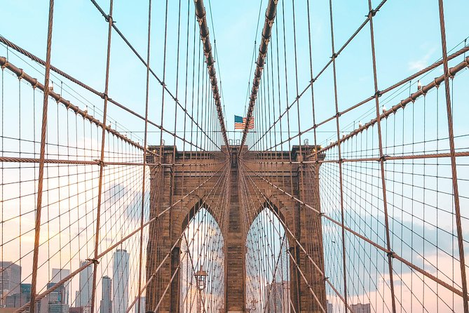 Secrets of the Brooklyn Bridge Walking Tour