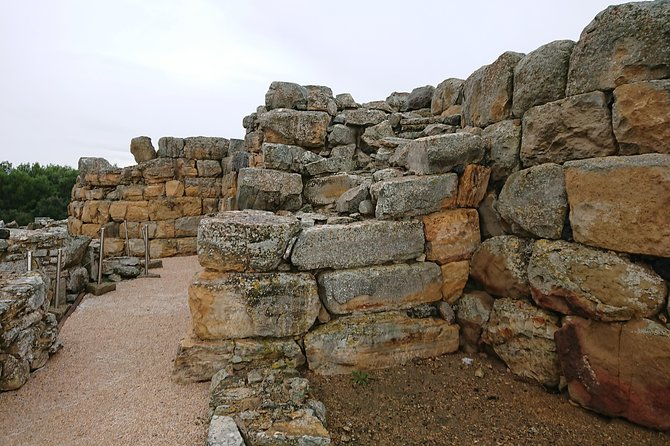Nuraghe and Giant's Grave - Day Trip from Cagliari