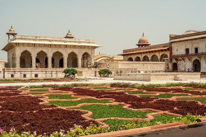 Same Day Taj Mahal and Agra Tour from Chennai with Return Flights