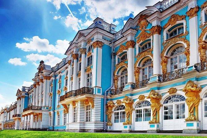 1-Day VISA FREE Private Shore Tour. St-Petersburg & Tzar's Village Highlights.