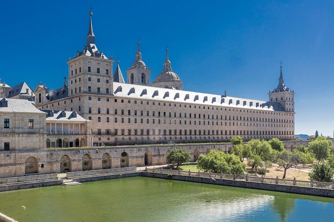 Madrid Combo: El Escorial Monastery and Aranjuez Royal Palace Day Trip