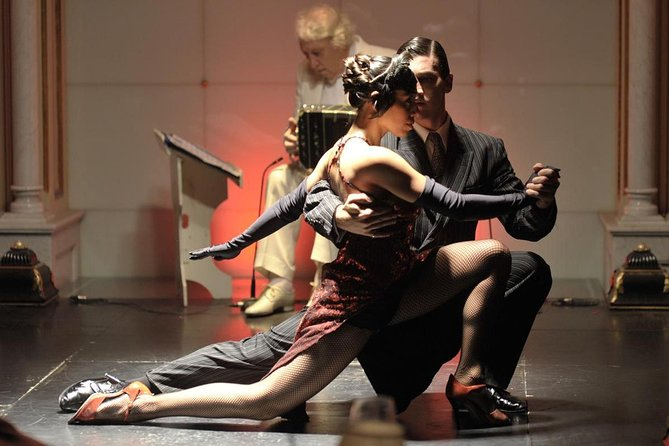 Dinner, Tango Show & Tango Lesson at Gala Tango