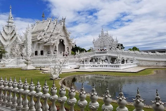 Best 2-Day: Explore Chiang Rai Landmarks from Chiang Mai, Private Trip