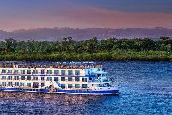 Enjoy a trip to Egypt, and the Nile Cruise between Aswan and Luxor