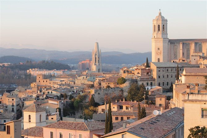 Girona Walking Tour with Monuments Entrance and Guide