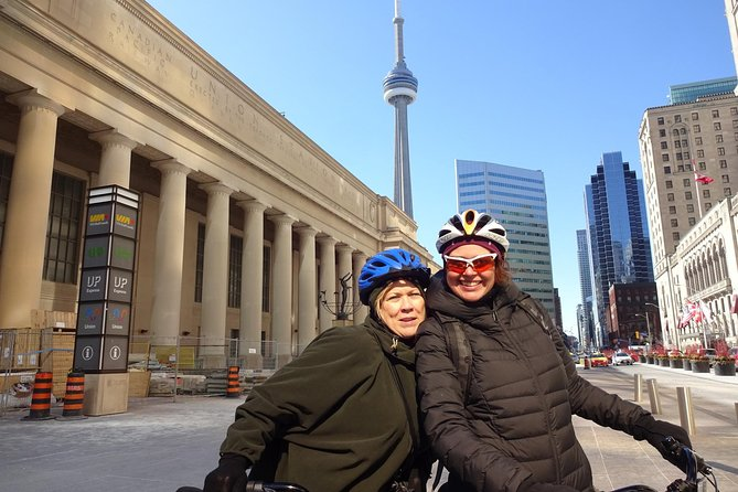 Fall/Winter Downtown Toronto Bike Tour
