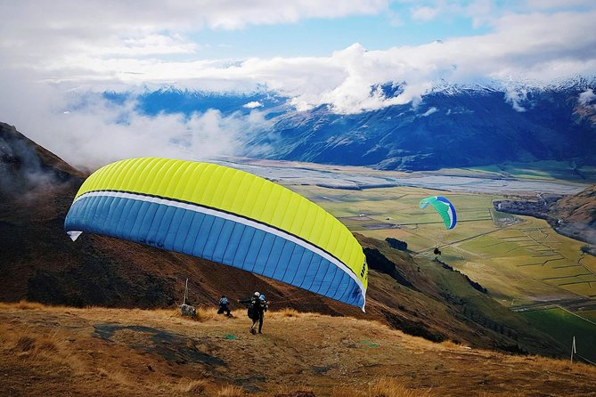 Tandem Paragliding Early-bird Special