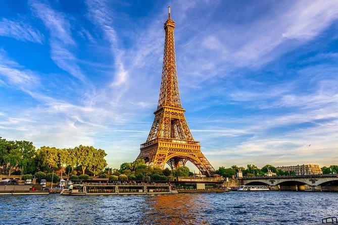 Climb Up the Eiffel Tower - Second Floor Access