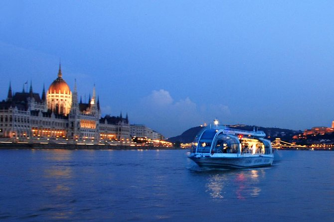Budapest Danube River Evening Sightseeing Cruise by Legenda City Cruises