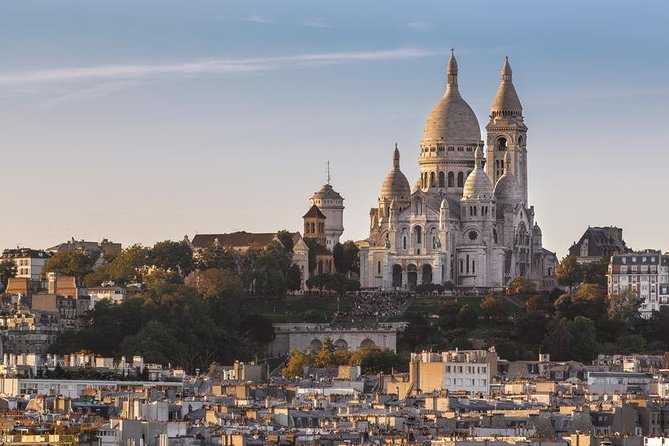 Montmartre Exclusive Impressionist Small Group Walking Tour