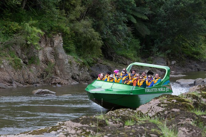 Lavender Run - Jet Boat Tour on the Whanganui River