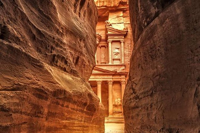 Private Petra Day Trip Including Amman Sightseeing from Amman