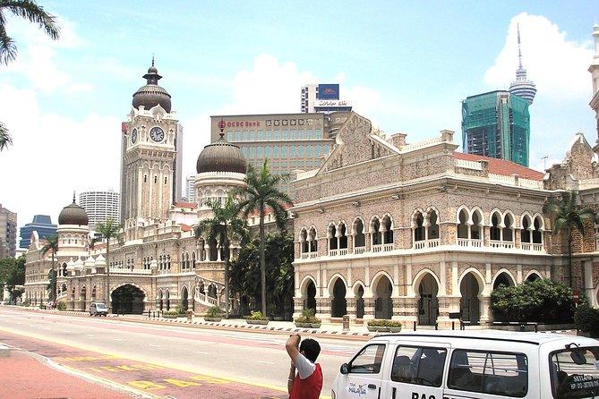 Half Day Tour : Kuala Lumpur City Tour including The River of Life