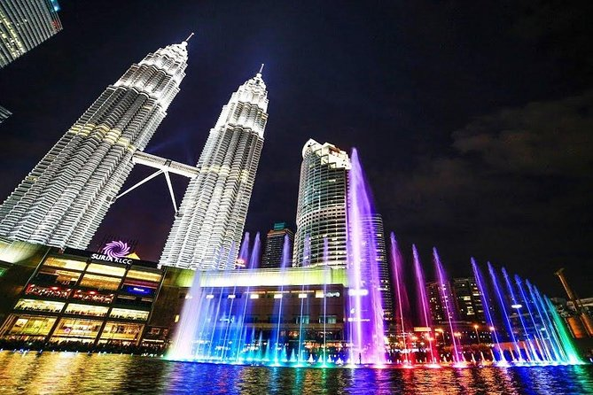 KLCC Lake of Symphony and The River Of Life Tour