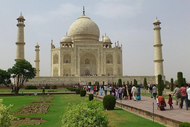 Private Agra and Jaipur Tour From Delhi For 2 Days