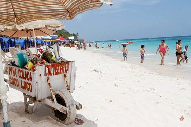 Day Trip to Playa Blanca with Lunch
