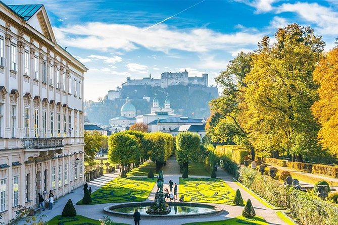 Unforgettable tour to Salzburg via Cesky Krumlov