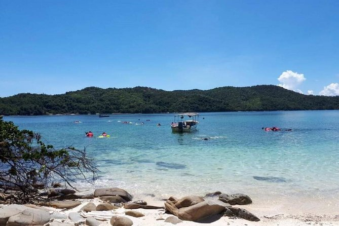 Kota Kinabalu P2 Private Island Escape with BBQ Lunch photo 7