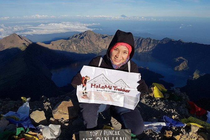 Mt Rinjani Trekking 2 Days 1 Night Summit