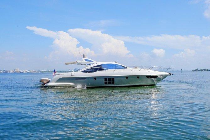 60 Ft Luxury Yacht