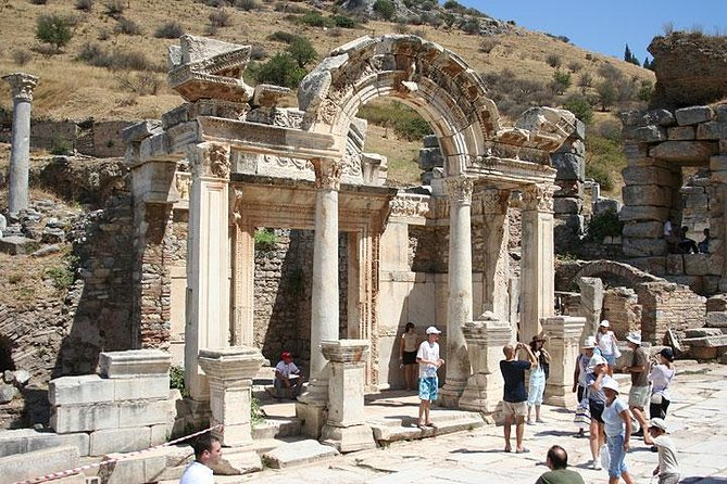 Explore Ancient Ephesus City with Terrace Houses