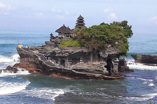 Ubud and Tanah lot Temple Sunset Tour